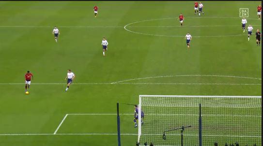 Manchester United bezwingt auch Tottenham (Highlights)