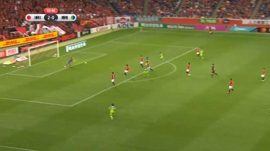 J-League-Skandal: Schiedsrichter übersieht Tor