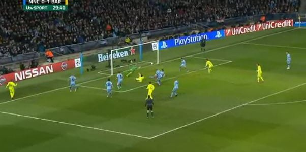 Suarez mit seinem zweiten Treffer gegen City