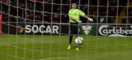 Zlatans kurioser Treffer gegen Moldawien