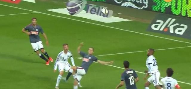 Morten Nordstrand (AGF) mit schönem Fallrückzieher gegen den FC Kopenhagen