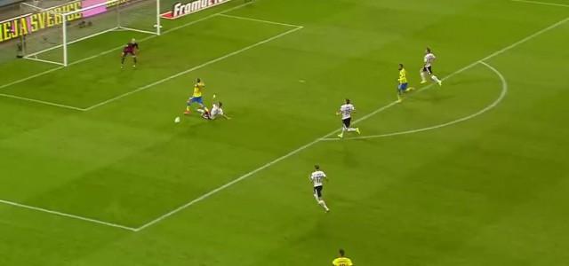 Dragovics Tackling gegen Schweden