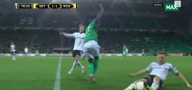 Kurioser Pass von Jonas Svensson (Rosenborg) in der Europa League