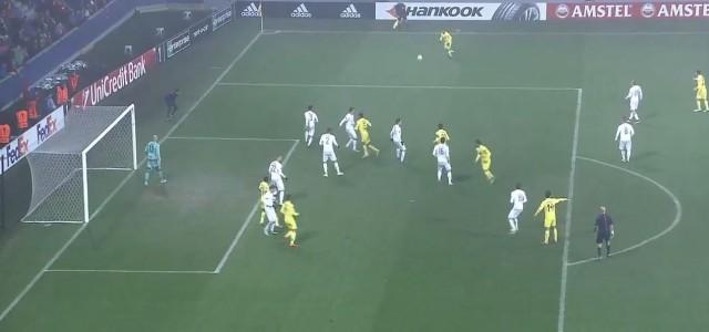 Jonathan Dos Santos´ irrer Treffer gegen Viktoria Pilsen