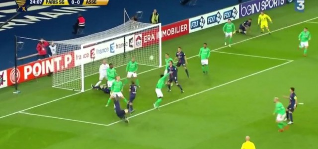 Spektakuläre Aktion von Ibrahimovic gegen Saint-Etienne