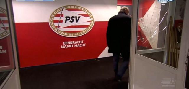Santiago Arias (PSV) ist nicht glücklich über rote Karte