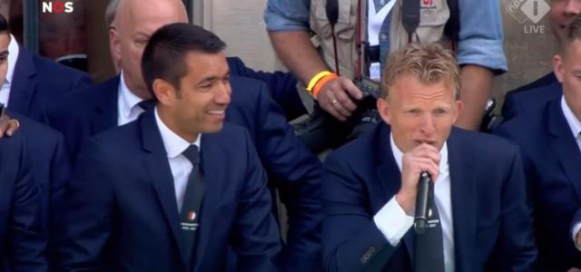 Dirk Kuyt feiert mit Feyenoord-Fans Meisterschaft