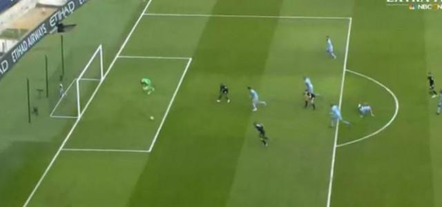 Hull City schießt äußerst kurioses Tor gegen Manchester City