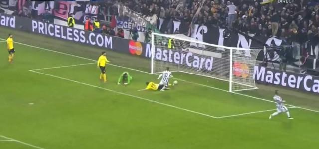 Tevez trifft zum 1:0 gegen Dortmund