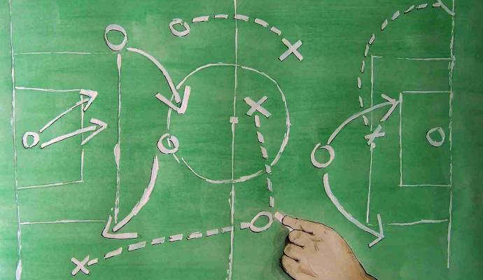 Taktik-grünes-Board-690x400