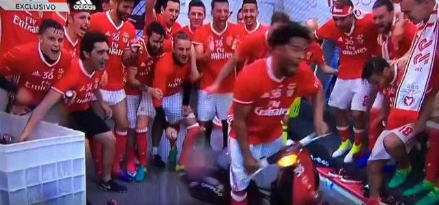 Benfica, der Meistertitel und ein Motorroller
