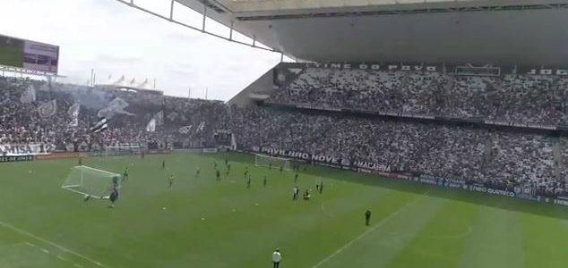 30.000 Fans unterstützen Corinthians vor dem Derby… beim Training!
