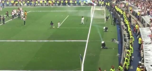 Auch Cristiano Ronaldo junior hat's schon drauf!