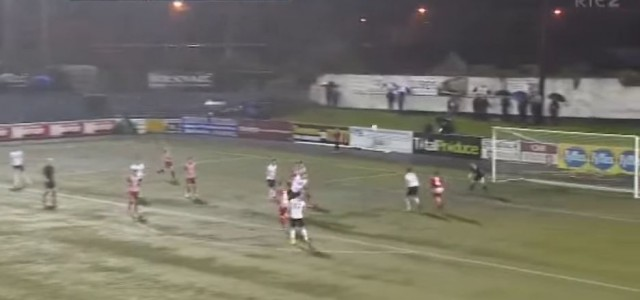 Ciaran Kilduffs Ferserltor für Dundalk gegen die Sligo Rovers