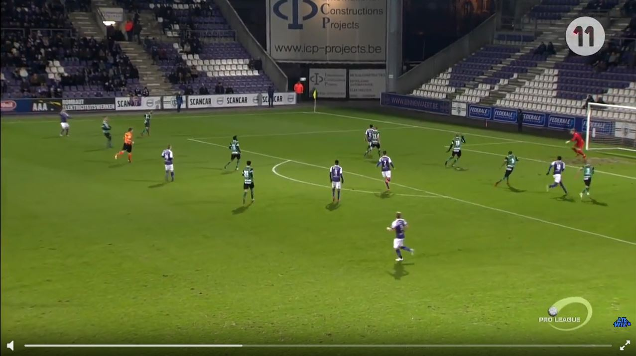 Kurioses Eigentor per Flugkopfball in Belgiens zweiter Liga