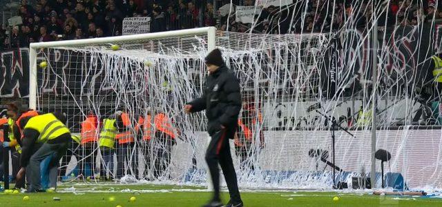 Kein Match am Montag erwünscht: Der Frankfurter Tennisball-Protest