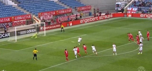 Gibraltar-Keeper Jordan Perez und seine Top-Leistung gegen Deutschland