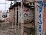 Nicht sehr einladend: Ein Stadioneingang in Belgrad (Serbien)