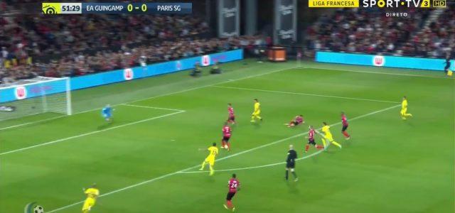 Ikokos dämliches Eigentor gegen Paris St.Germain