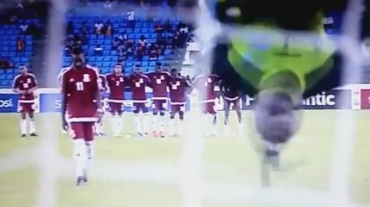 Kongo-Keeper Kidiabas Ablenkungstaktik vor dem Elfmeter
