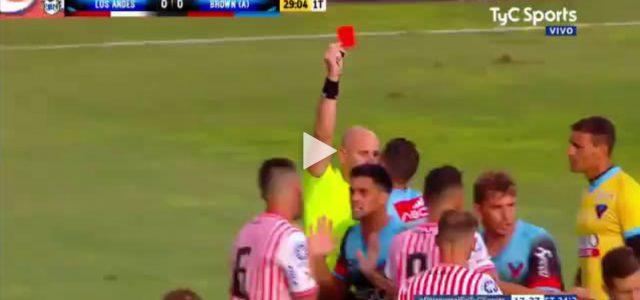 Wilde Attacke in Argentiniens zweiter Liga