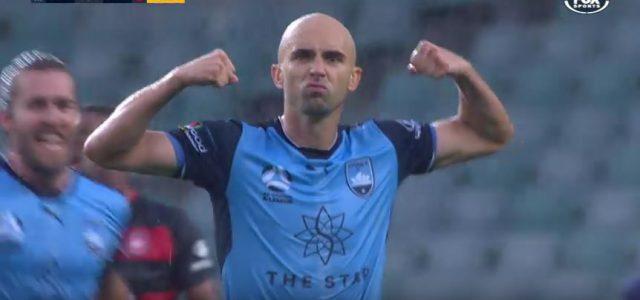 Adrian Mierzejewski (Sydney FC) und sein geiles Freistoßtor im Derby