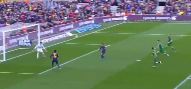 Neymars unorthodoxer Volleylupfer zum 1:0 gegen Levante