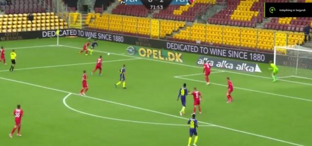 Unglaublicher Schiri-Fehler vor dem 3:0 von Midtjylland bei Nordsjaelland