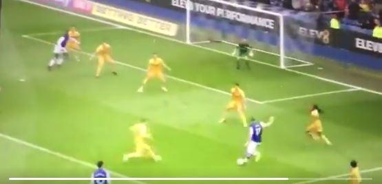 Fantastischer Treffer von Atdhe Nuhiu für Sheffield Wednesday