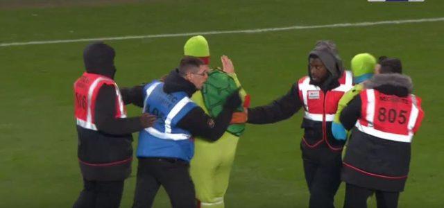 Ninja Turtles Flitzer bei Rennes vs. Paris SG