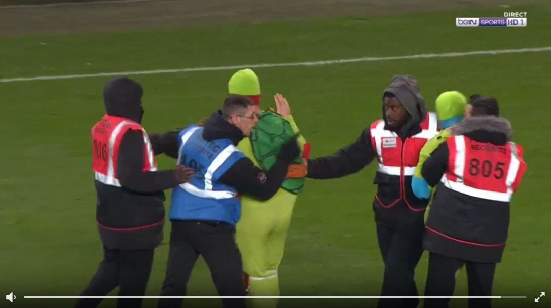Ninja Turtles Flitzer bei Rennes vs. Paris SG