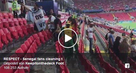 Vorbildlich: Senegal-Fans räumen nach dem Spiel ihren Sektor auf