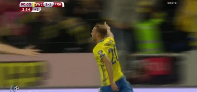 Mit der letzten Aktion des Spiels: Toivonen schießt Schweden aus 50 Metern zum Sieg!
