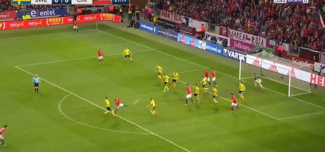 Schusstechnik 1A: Arturo Vidal trifft gegen Schweden